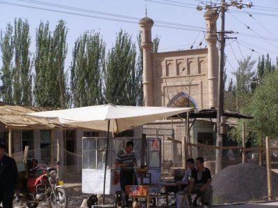 Beim Abak Hodscha Mausoleum