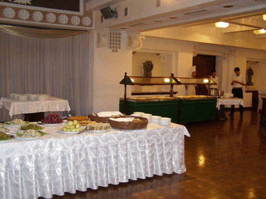 Hotel Afrosiab Abend Buffet