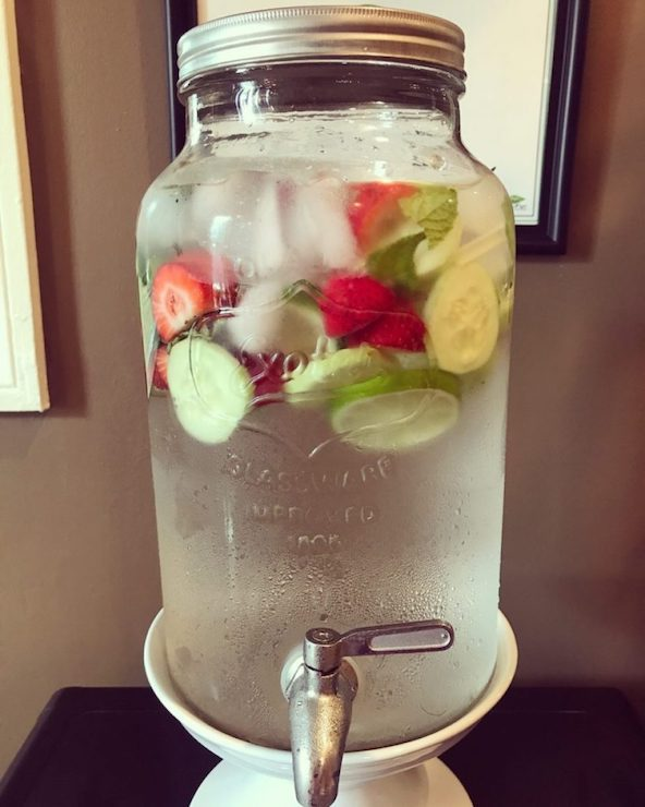 Strawberry, cucumber and mint infused water at BambooCore's studio | © bamboocorefitness.com