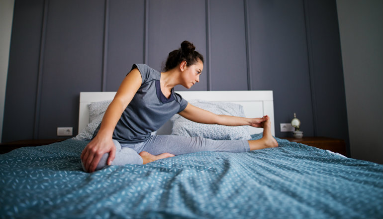 Create a Bedtime Ritual: Wellness Challenge. This week's lifestyle challenge is to complete 10 minutes of a healthy ritual before bed each night. Here's how.