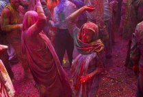 News_ Holi (Compiled by Mild Chawalitanon)(4)
