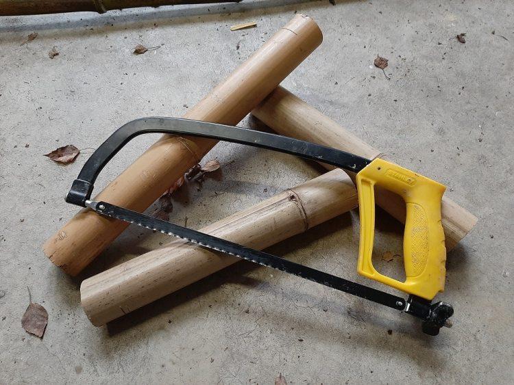 Outil pour couper un bambou sec - Scie à métaux