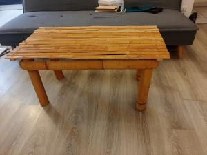 La table en bambou est prête !