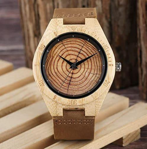 Montre en bambou et bois