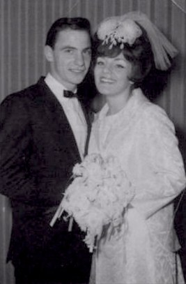 The real Henry and Karen getting married, 1965. While the clothes may not be exactly the same, the pair definitely were well-resembled by Ray Liotta and Lorraine Bracco.