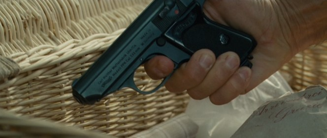 This shot leaves absolutely no doubt regarding the gun's model and origins.