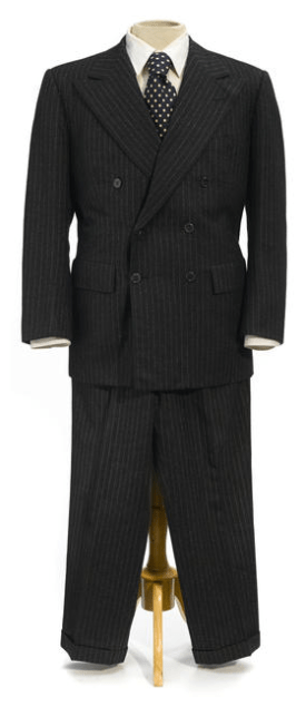 "Lonnegan's suit, as auctioned by Bonhams. Note the plain white shirt rather than the ""dotted"" version worn by Shaw in the film."