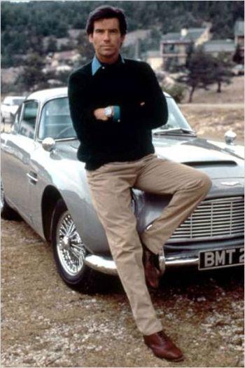 Pierce Brosnan as James Bond in GoldenEye (1995).