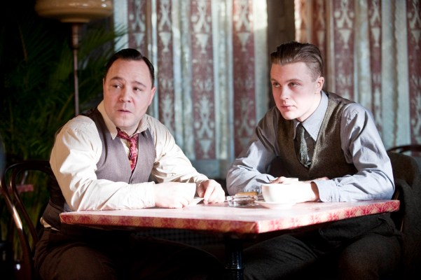 "A production photo from ""Anastasia"" (1.04) showing Al Capone (Stephen Graham) and Jimmy Darmody prepping for their Sheridan meeting."