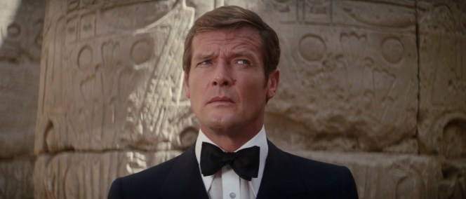 Bond, dubious of the abilities of Egyptian builders.
