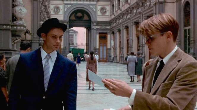 Dickie and Tom finish their business at a Naples bank before heading to Rome.