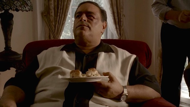 """Vito Spatafore in the peaceful hamlet of Dartford, New Hampshire, in """"Johnny Cakes"""" (Episode 6.08), sporting a Nat Nast """"Rockabilly"""" silk shirt with his Oris watch."""