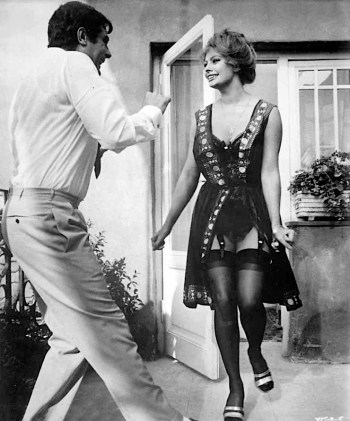 Dancing is a dangerous activity for a gent who is wearing trousers with no belt, braces, or adjusters... suggesting that Rusconi's trousers have been perfectly tailored to fit.