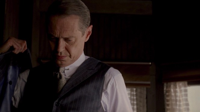 The fact that Nucky's suspenders are only spotted in this blink-and-you'll-miss-it moment is a sign that he is wearing them correctly. I've seen real-life examples of men (some that I actually consider friends!) wearing suspenders over their waistcoats and...it just makes me sad.