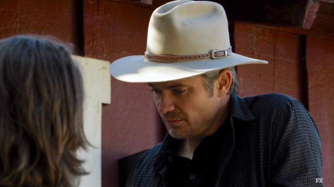 Even off duty, Raylan wears his signature hat.