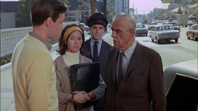 Peter Bogdanovich, Nancy Hsueh, and Boris Karloff in Targets (1968)