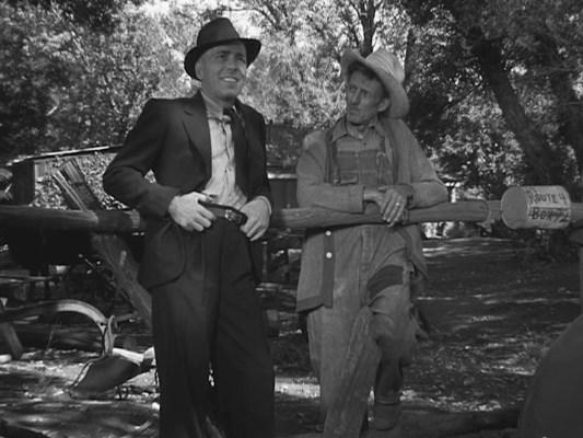 Humphrey Bogart as Roy Earle in High Sierra (1941)