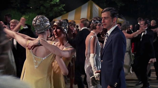 Sam Waterston as Nick Carraway in The Great Gatsby (1974)