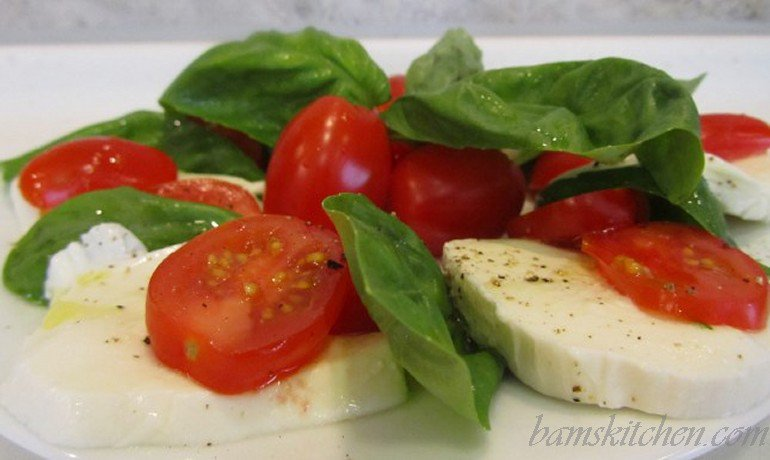 5 ingredient=5 minute= caprese salad