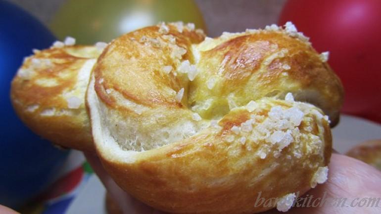 Bamiversary bavarian pretzels