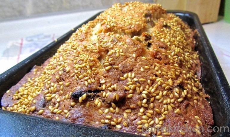 Hong Zao Bread
