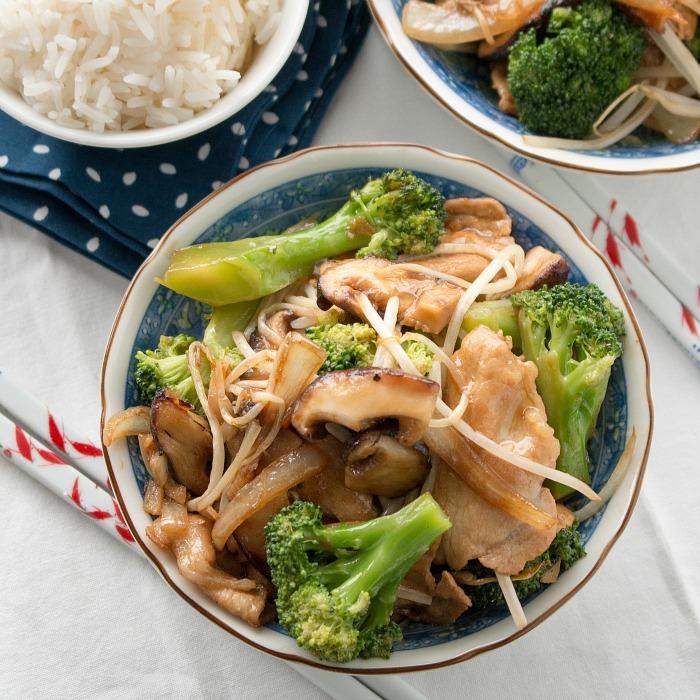 Easy Pork Shiitake Mushroom Stir Fry / http://bamskitchen.com