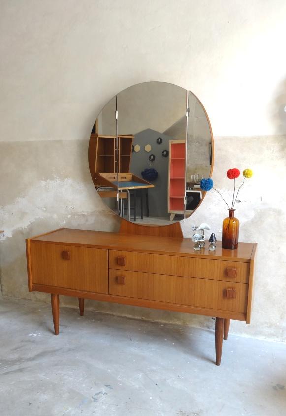 enfilade scandinave vintage avec miroir 5