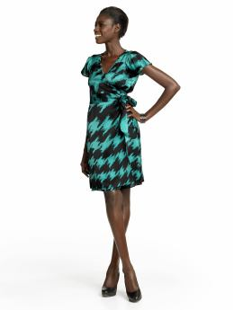 Women: Silk printed wrap dress - Jade