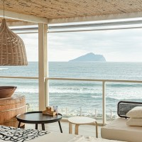 宜蘭滿山望海:頭城海邊白屋咖啡廳,龜山島海景無遮蔽超近視角,讓心被太平洋療癒