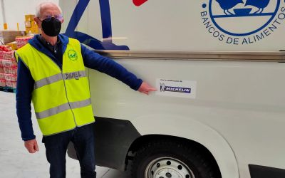 Michelin dona neumáticos al Banco de Alimentos