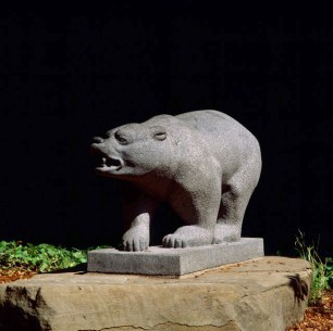 Puccinelli, Raymond. Grizzly Bear. University of California, Berkeley. Photograph © 2003 by Alan Nyiri.