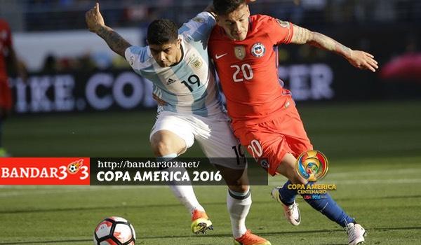 Ever Banega Charles Aranguiz Argentina Chile Copa America