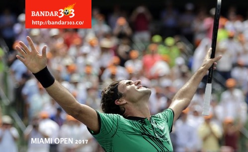 Roger Federer juara Miami Open 2017