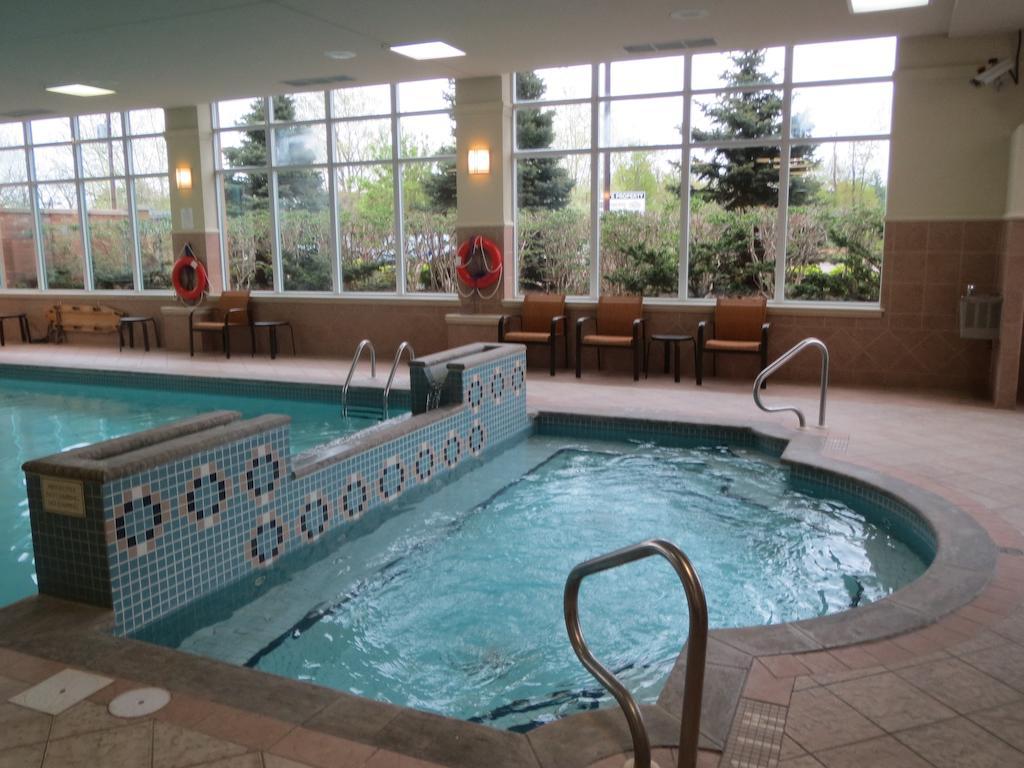 Courtyard by Marriott Niagara Falls  Niagara Falls Hotels