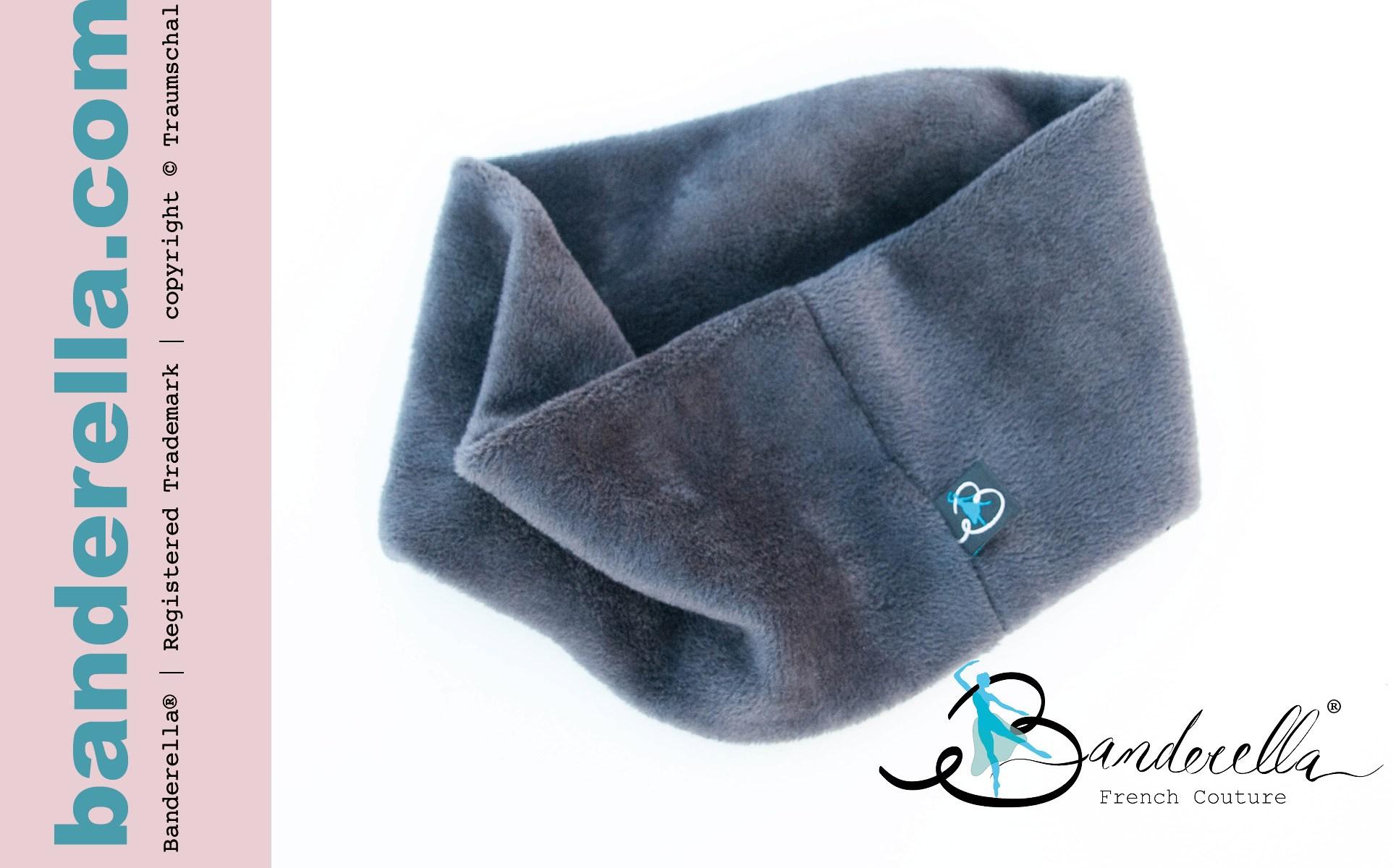 Eine wärmende Schlafmaske gegen Zugwind und Ohrenschmerzen mit guten Verdunklungseigenschaften