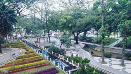 Tama Balai Kota Bandung
