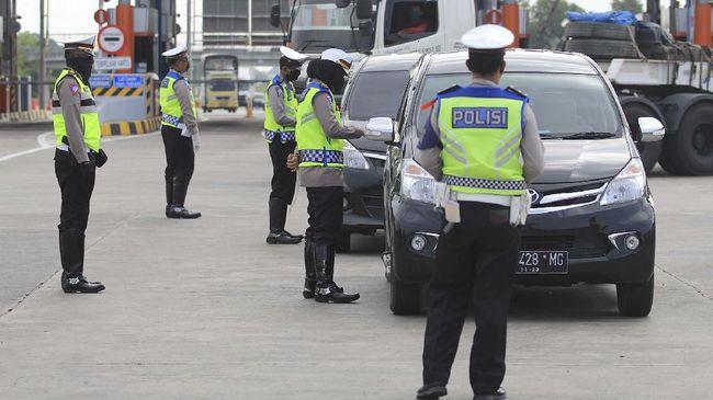 Polisi Dirikan Banyak Pos Penyekatan di Wilayah Bandung Raya