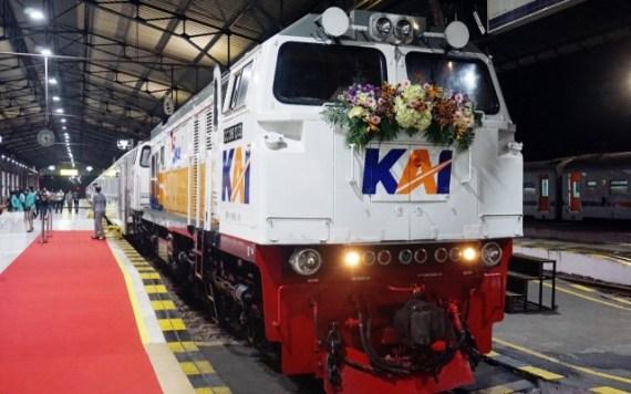 kereta api baturraden ekspres