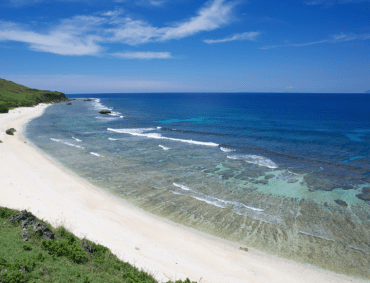 the long strech of calm white sandy beach, unlike the rest of Sabtang and Batanes islands