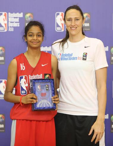 sajana ramesh with her coach