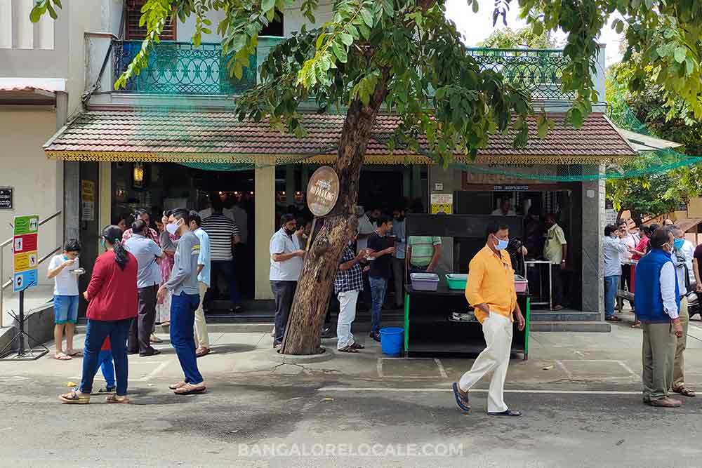 Brahmins Coffee Bar