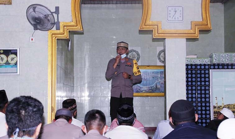 Safari Jumat, Kapolres Banggai Ajak Masyarakat Jaga Silaturahmi Jelang Pilkada Serentak 2020