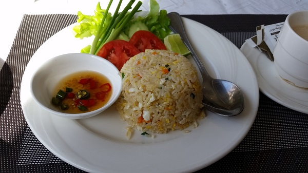 LK Metropole Hotel breakfast Fried rice