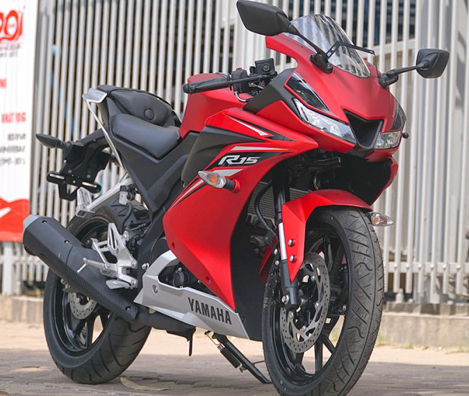 Yamaha R15 V3 Red