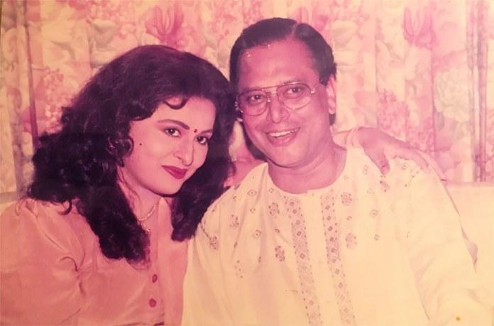 স্বামী ওয়াহিদ সাদিকের সঙ্গে শাবানা