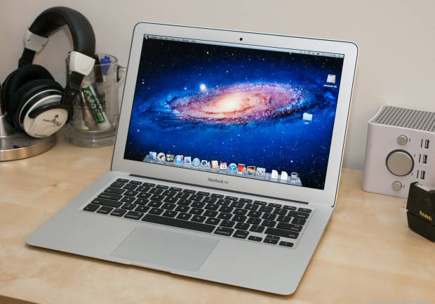 MacBook Air ..