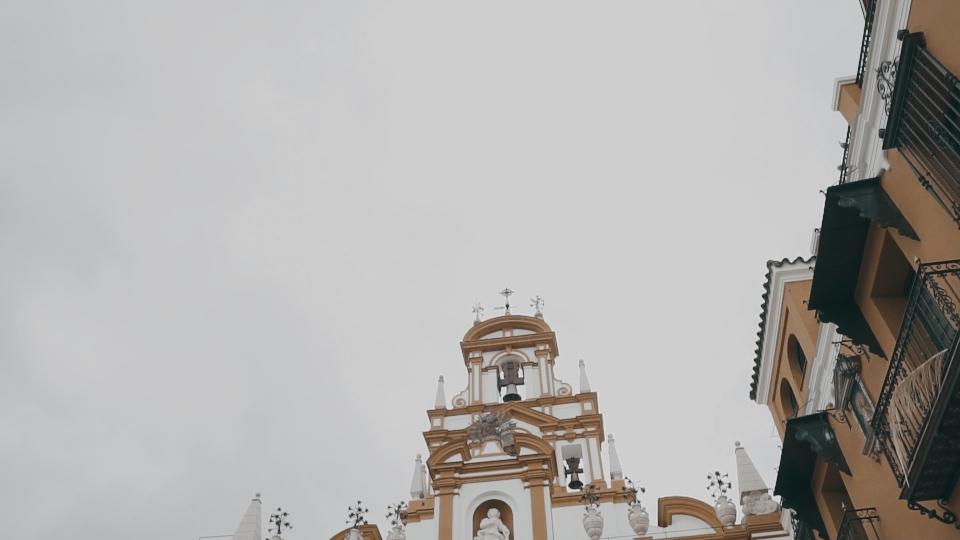 Boda en Clarevot y La Macarena en Sevilla