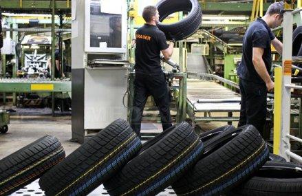 """Continental a trecut de 2,3 mld. euro. În patru ani afacerile din România ale celui mai mare exportator din industria componentelor auto au crescut cu un miliard de euro, iar numărul de angajaţi s-a dublat la 16.500 de oameni. """"Continuăm extinderea"""""""