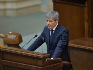 Dacian Ciolos: Legea salarizarii va fi rezolvata prin ordonanta de urgenta in 2016 si 2017, iar in 2018 printr-un proiect multianual