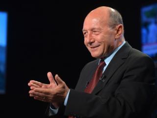 Traian Basescu este cercetat intr-un dosar pentru spalare de bani